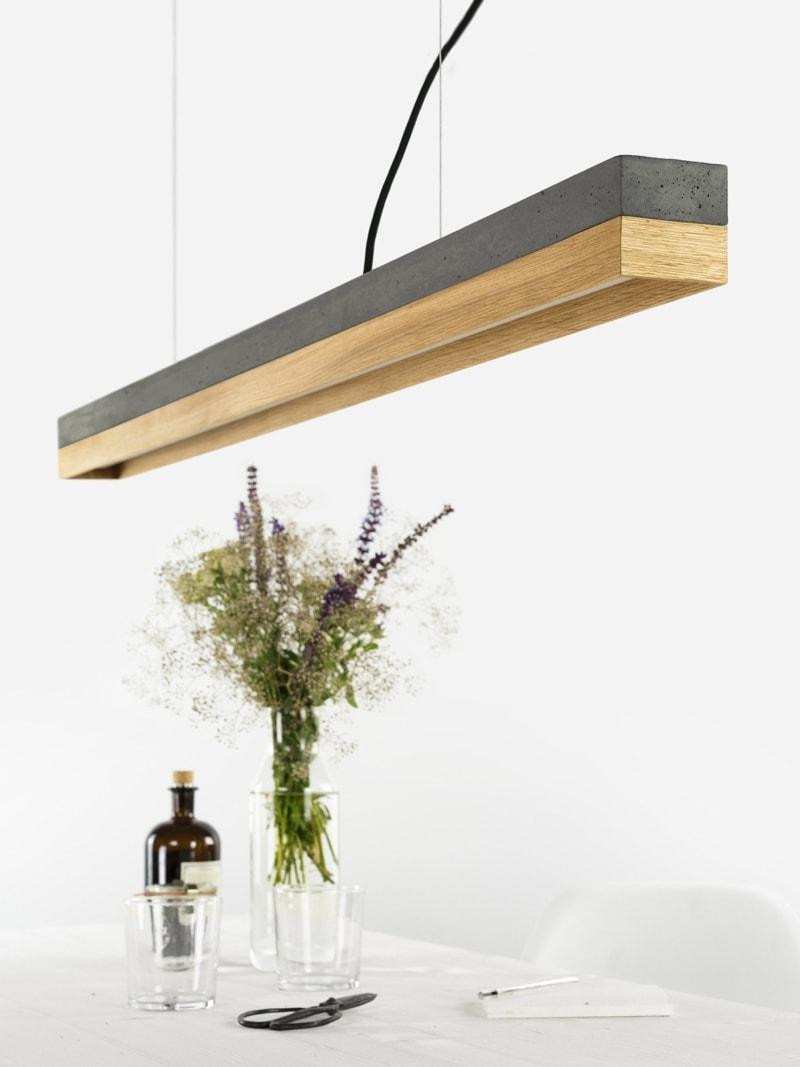 products 140916 C1 Beton dunkel Eichenholz Lampe uber Tisch