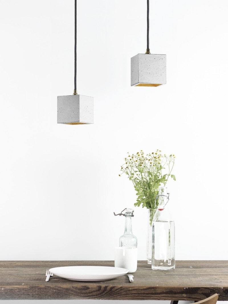 b6 haengelampe quadratisch klein beton gold 05