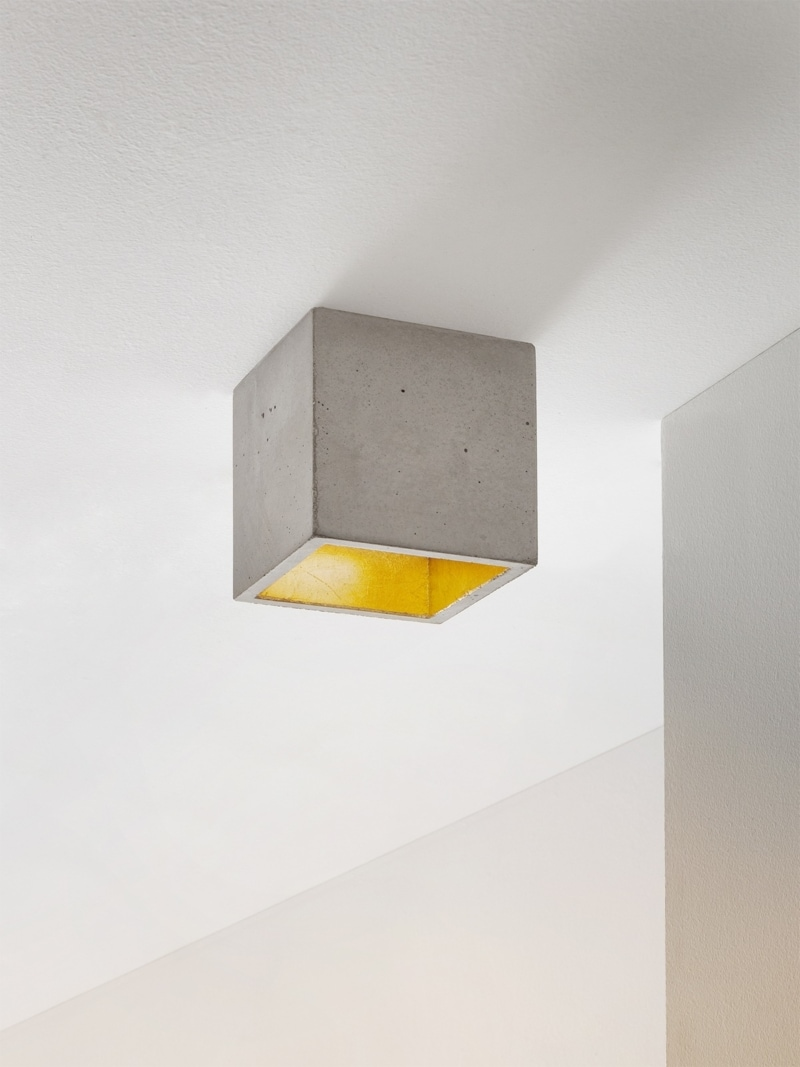 b7 deckenspot deckenlampe quadratisch beton gold 00