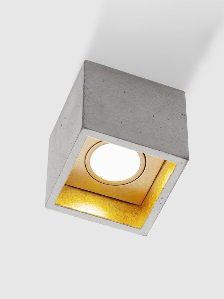 b7 deckenspot deckenlampe quadratisch beton gold 03