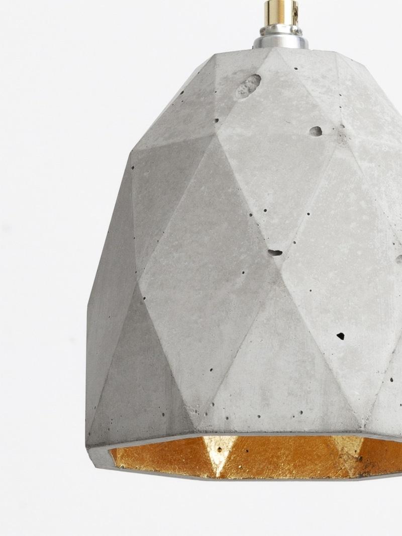 t1 haengelampe trianguliert beton gold 03