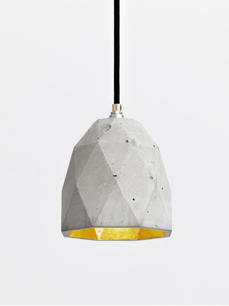 t1 haengelampe trianguliert beton gold 05