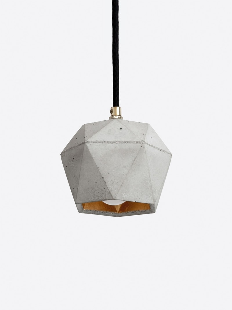 t2 haengelampe trianguliert beton gold 05