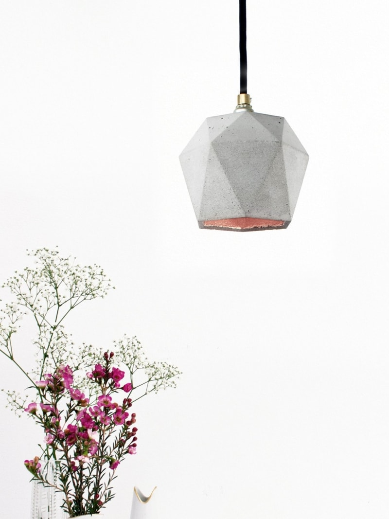 t2 haengelampe trianguliert beton kupfer 08