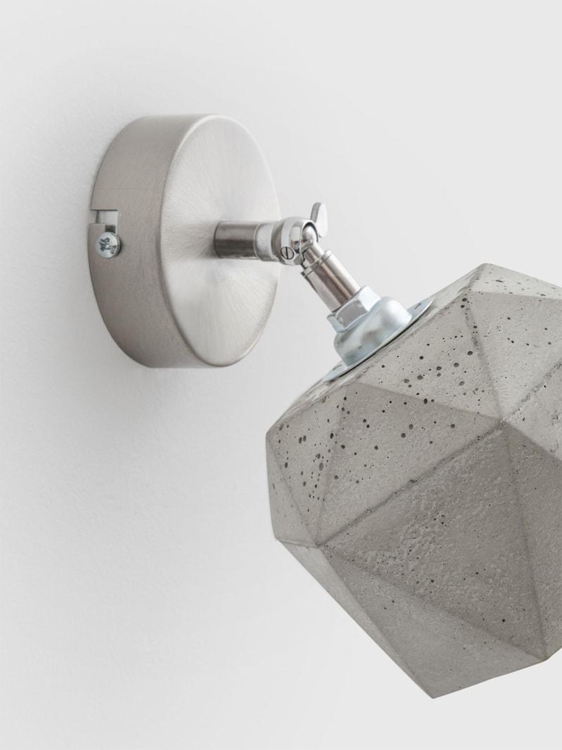 t2 spot wandlampe trianguliert beton 05
