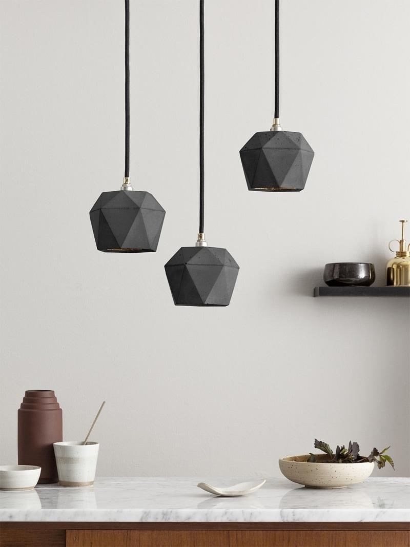 t2set dark haengelampe lampenbuendel trianguliert beton gold 01