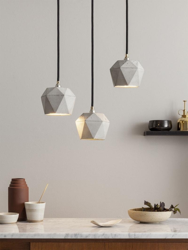 t2set haengelampe lampenbuendel trianguliert beton gold 02