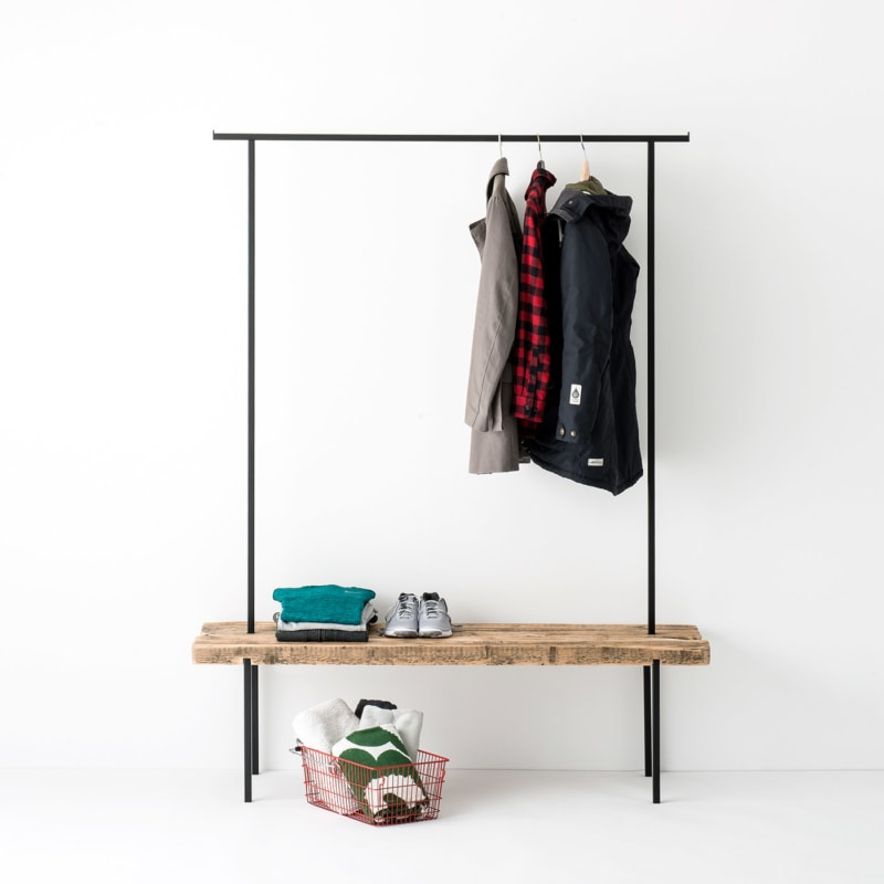 garderobe 01 altholz massivholz braun kleiderstange metall schwarz weldco 02