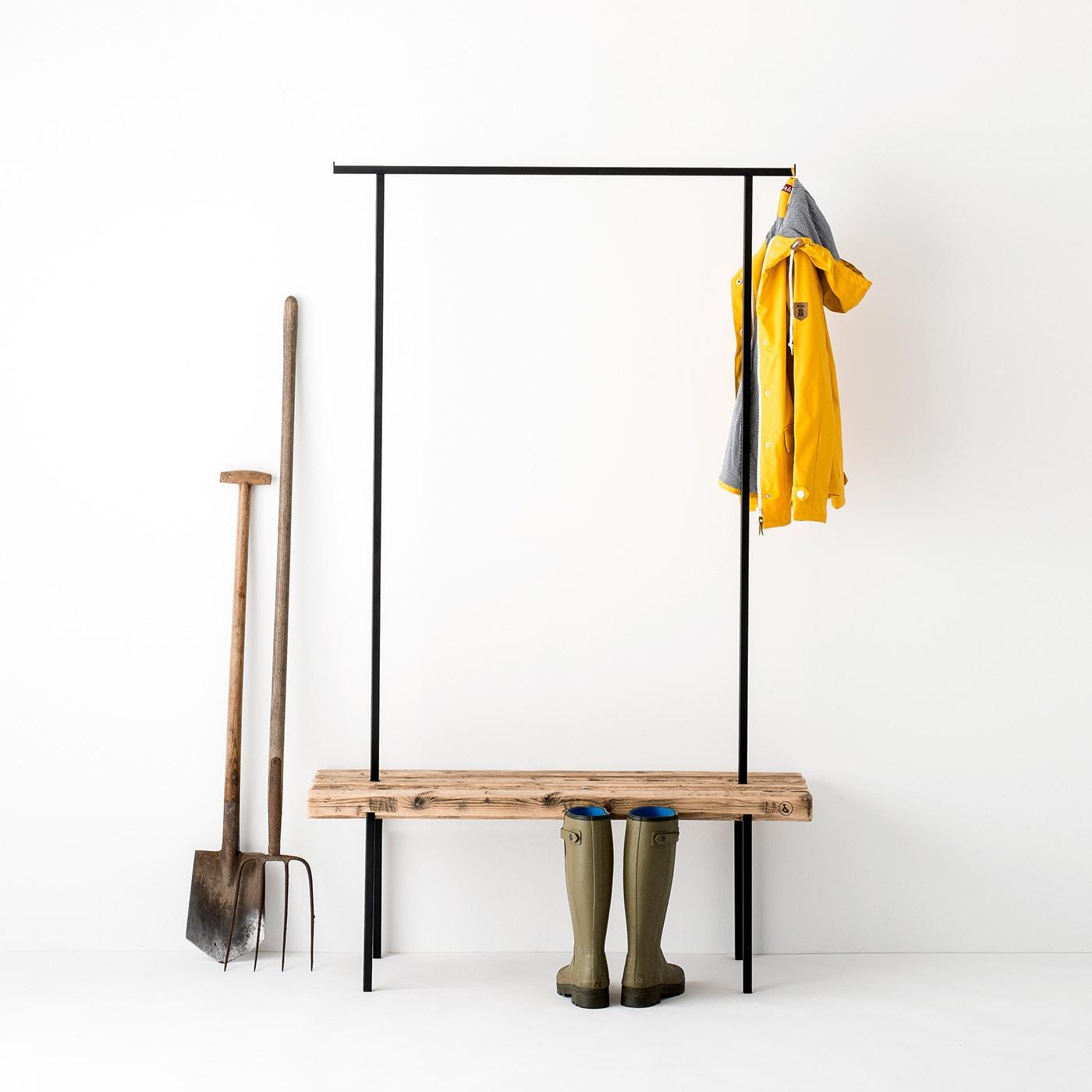 garderobe 01 altholz massivholz braun kleiderstange metall schwarz weldco 03