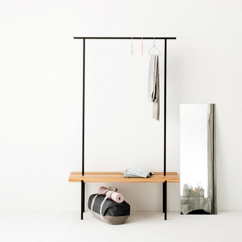 garderobe 01 eiche massivholz braun kleiderstange metall schwarz weldco 02