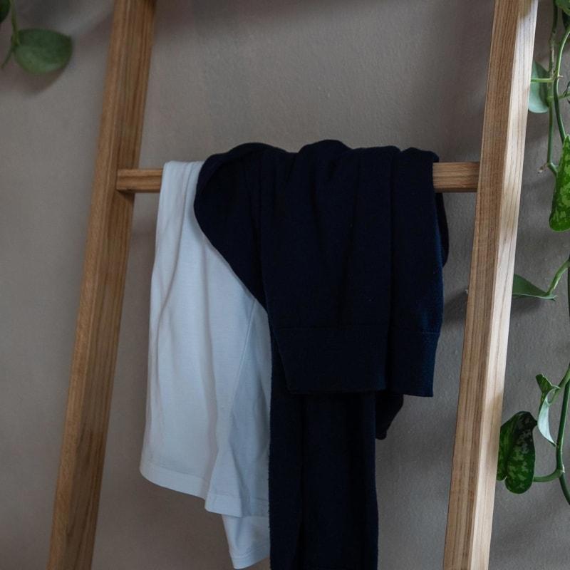 kleiderleiter kleiderstaender stuetze eiche massivholz braun 02