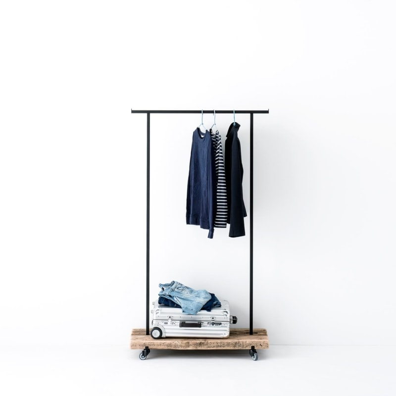 kleiderstange 01 altholz massivholz braun garderobe metall schwarz weldco 01