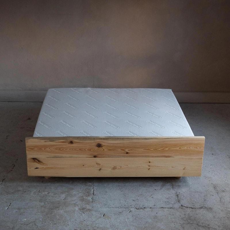 woodboom schwebend bett kiefer braun 03