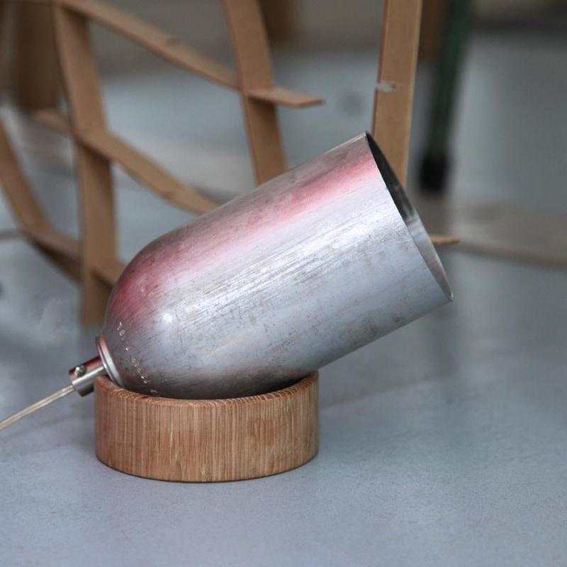 01 fireligt lampe boden tisch silber aluminium nussbaum eiche holz licht werkvoll