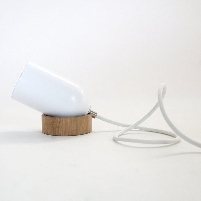 03 fireligt lampe boden tisch weiss aluminium nussbaum eiche holz licht werkvoll