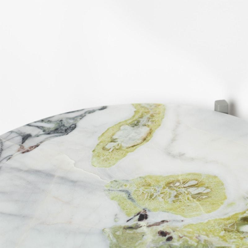 04 lulu lotus green beistelltisch marmor lotusgruen gruen stahl steingrau grau