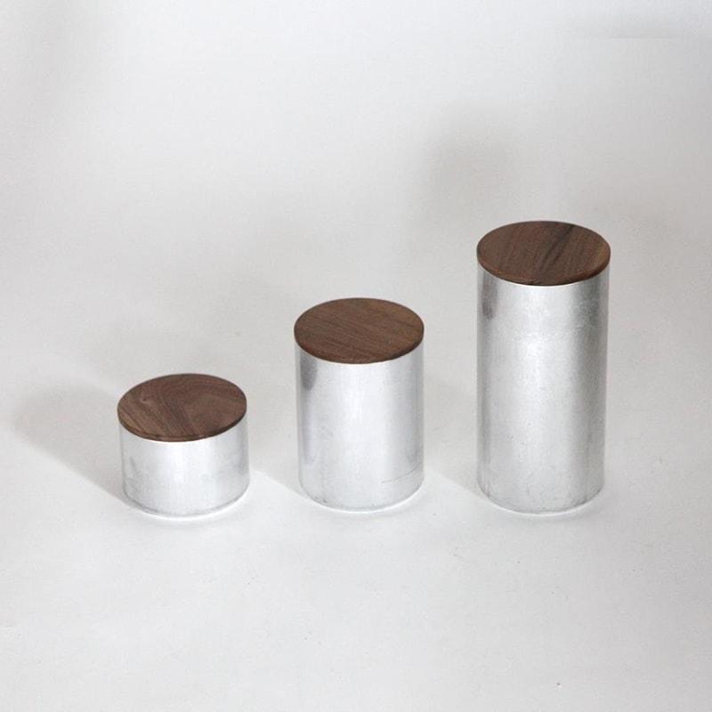05 fire dose mit deckel aluminium silber nussbaum eiche holz werkvoll