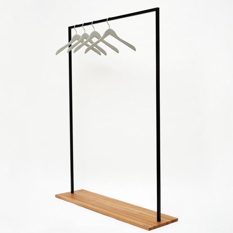 19 hangon garderobe kleiderstange eiche holz braun stahl pulverbeschichtet schwarz johanenlies