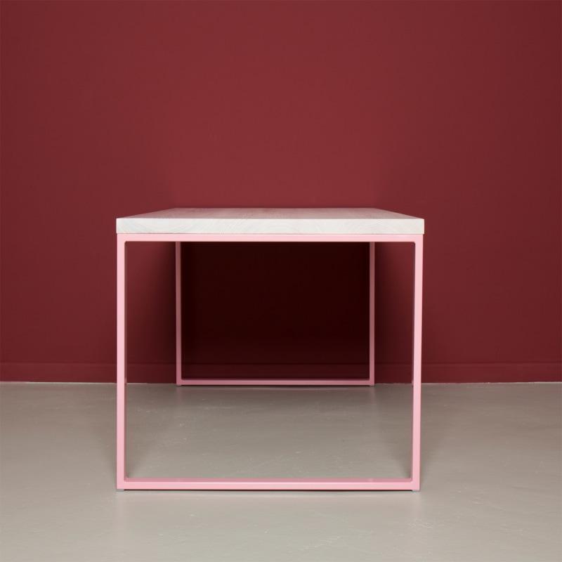03 meerssen tisch esstisch bauholz holz stahl hellrosa rosa johannenlies
