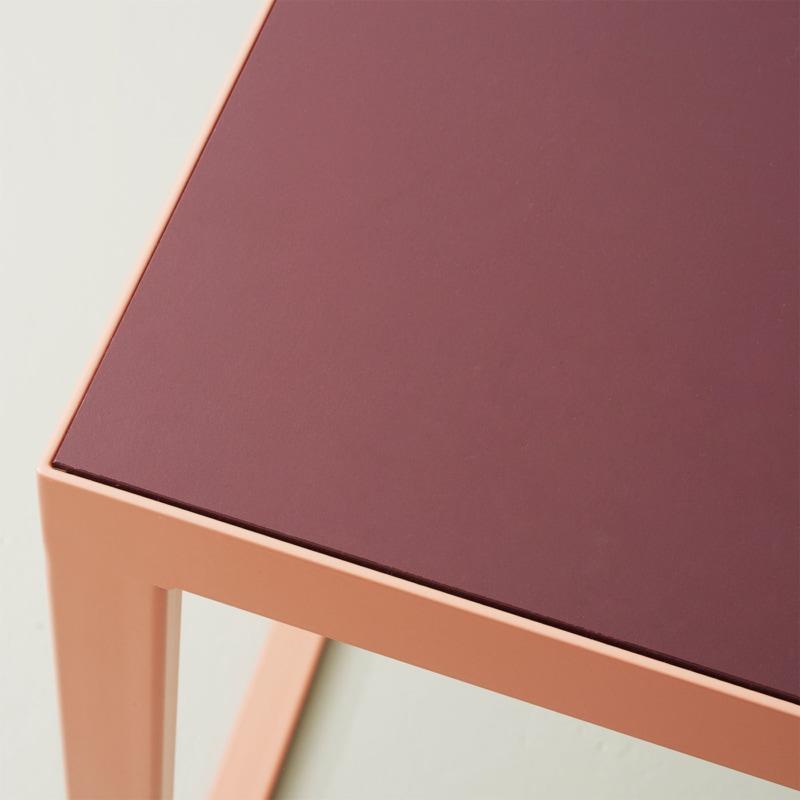 05 mrs kerkrade tisch esstisch linoleum baustahl stahl burgundy beigerot rot johanenlies