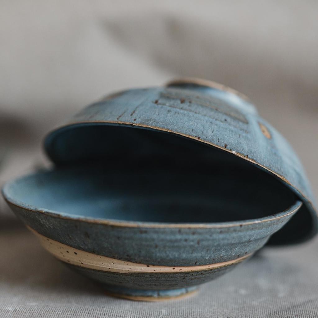 07 dining ritual vessel 1 keramik ton blau handgefertigt brsg