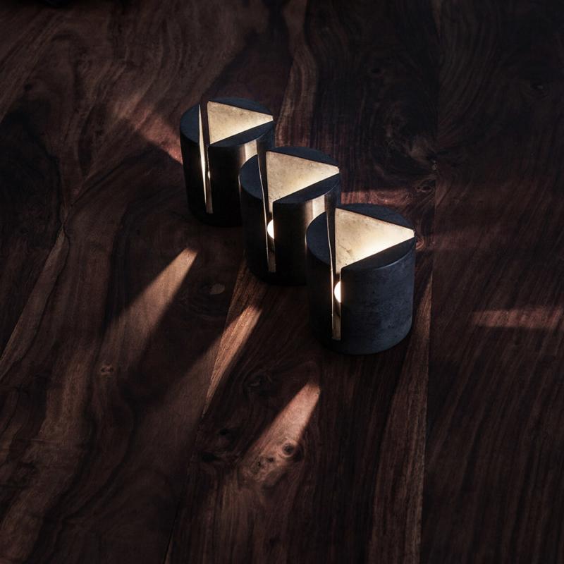 03 brut kerzenstaender candleholder grau beton dunkelgrau studio makuko