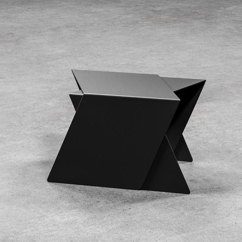 03 stalk coffeetable couchtisch beistelltisch stahl stahlblech schwarz kanten studio makuko