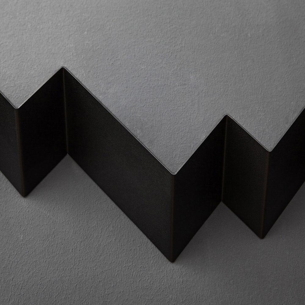 04 itauna wave garderobe regal stahlblech blech tiefschwarz schwarz studio makuko