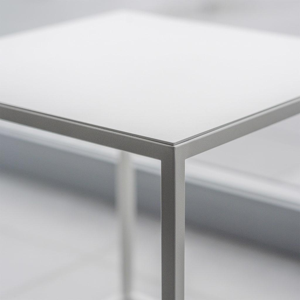 04 solix beistelltisch tisch stahlrohr stahlblech stahl weiss schwarz metallbude