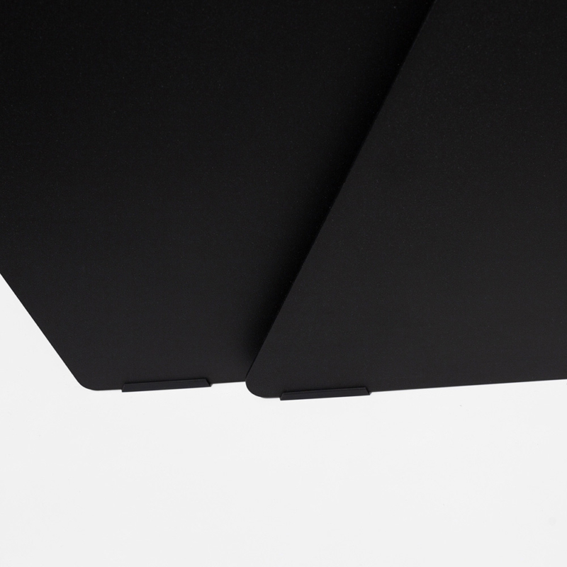 12 stalk coffeetable couchtisch beistelltisch stahl stahlblech schwarz kanten studio makuko